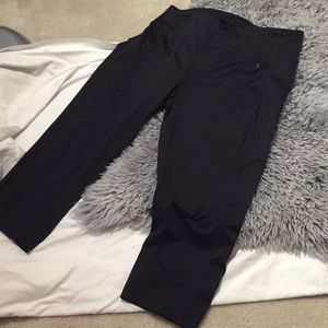 Danskin Legging Ankle Capri Yoga Athletic Black
